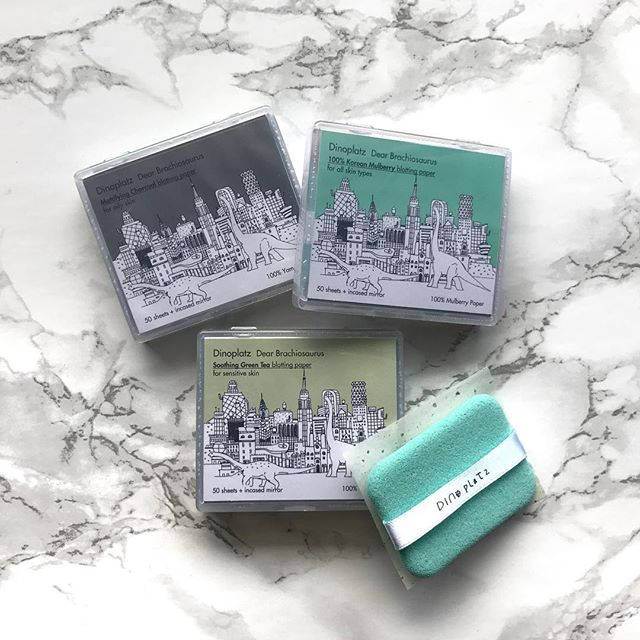 Be one of the #coolkids this summer with Too Cool For School Dinoplatz Dear Brachiosaurus Blotting Paper, coming very soon in the July/August #jinibeautybox! Try mulberry for normal/combo skin, green tea for sensitive/troubled skin, and charcoal for oily/acne skin. With a refillable compact and a handy puff for getting each sheet, what's not to ❤️? #toocoolforschool #summermakeup . . . #koreanbeauty #koreanskincare #koreancosmetics #beautyaddict #jinibeauty #subscriptionbox #beautybox #loveyourskin #rasianbeauty