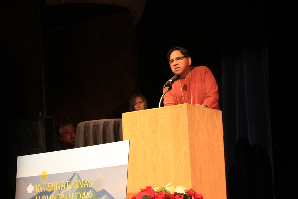 Bill Snow, Stoney Nakoda Consultation Manager, speaks at the 2016 Mountain Symposium