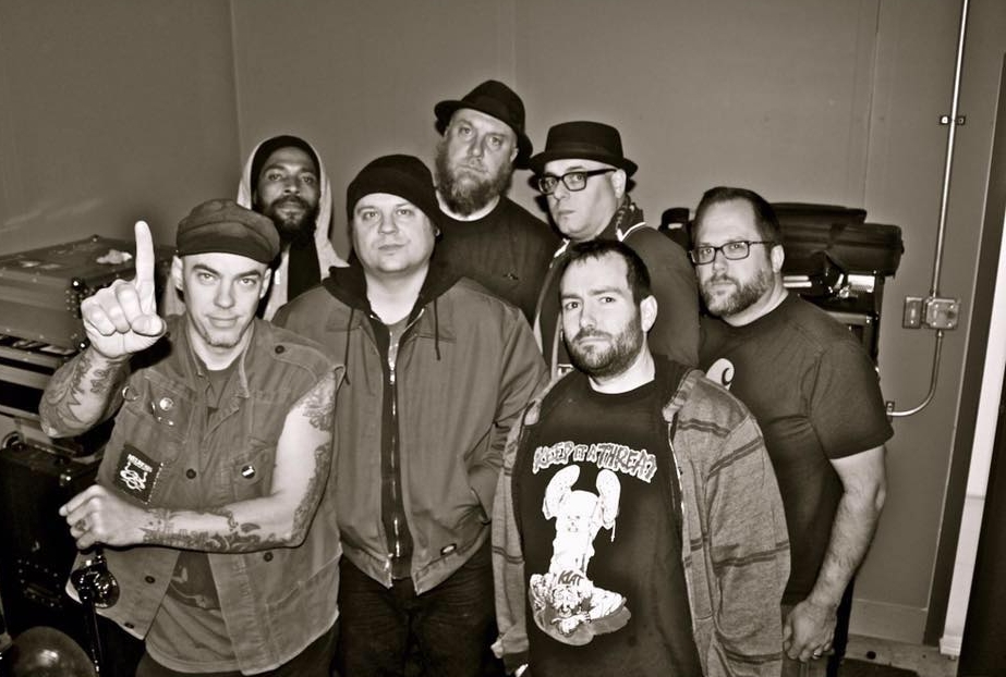 J. Navarro and The Traitors (Suicide Machines)