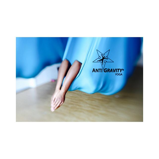 Finish your work week by decompressing and just letting gooooo... Book your Friday session now at www.antigravitylab.com 💥#AntiGravity #AntiGravityfitness #mind #body #spirit #decompressing #lettinggo