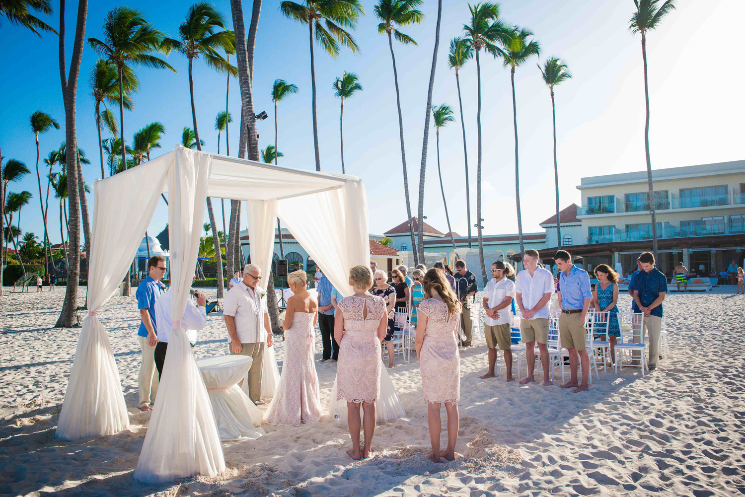 Top 4 reasons we chose a destination wedding is it right for you top 4 reasons we chose a destination wedding is it right for you junglespirit Choice Image