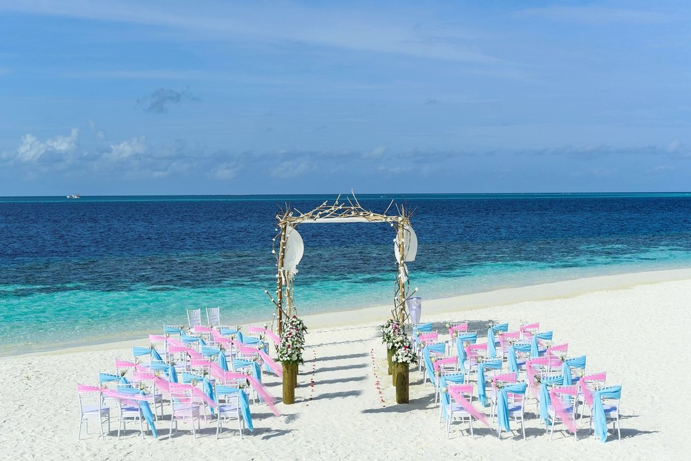 Destination Weddings    Learn More