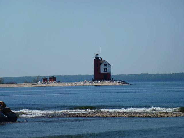 Mackinac Light House.jpg