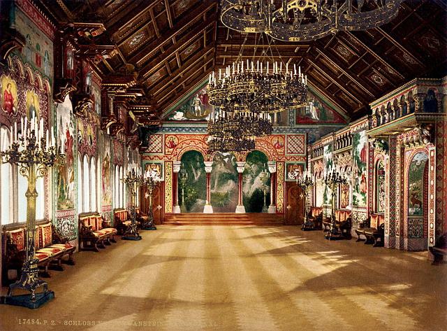 neuschwanstein-castle-singer-s-hall.jpg