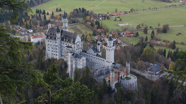 The-Neuschwanstein-Castle.jpg