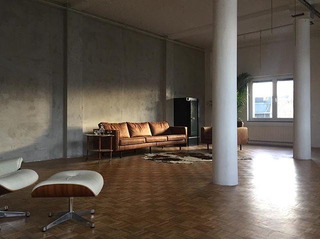 Studio 2 work in progress #concrete #betonwand. Einhornwerke #studios #belgischesviertel #cologne