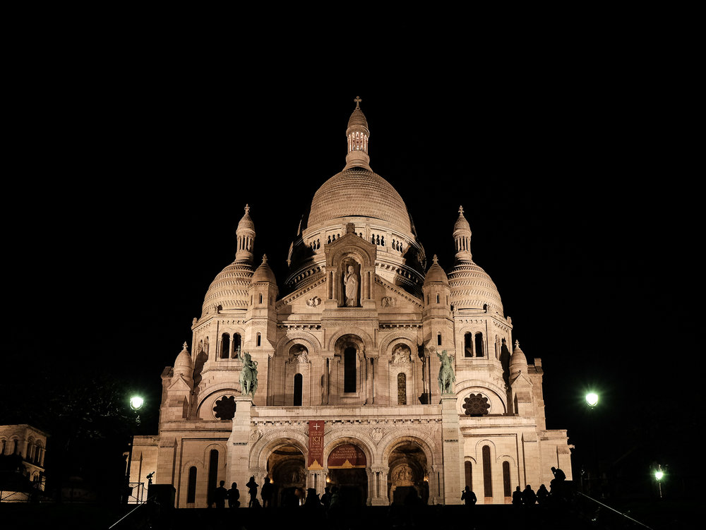 Sacre-Coeur-Basilica-of-the-Sacred-Heart-of-Paris.jpg