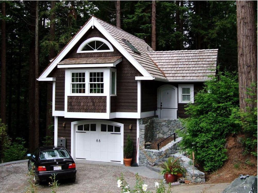 Redwoods Cottage.jpg