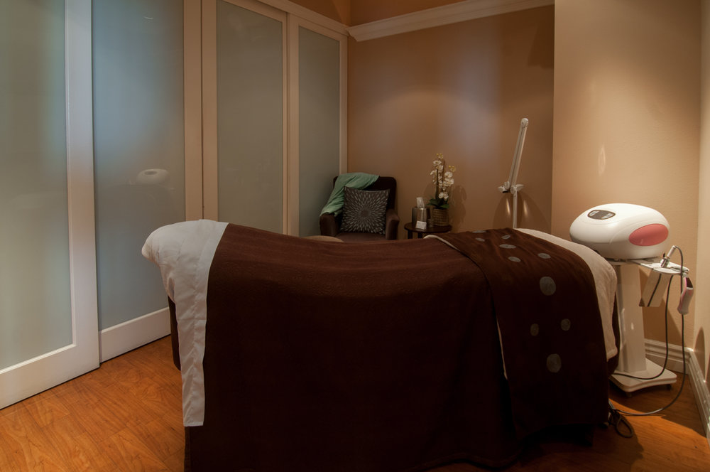 Massage Room Bed Spago Day Spa Medispa Salon Punta Gorda Florida Michael Stampar D.O. DO