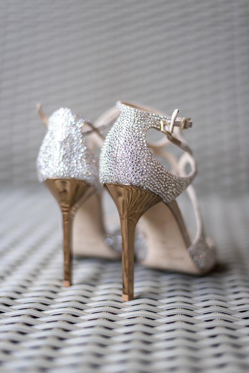 Wedding-in-St-Regis-Hotel,-Courtney-&-Less-0004.jpg