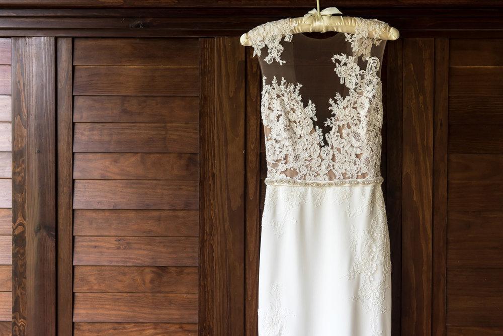 Wedding-in-St-Regis-Hotel,-Courtney-&-Less-0010.jpg