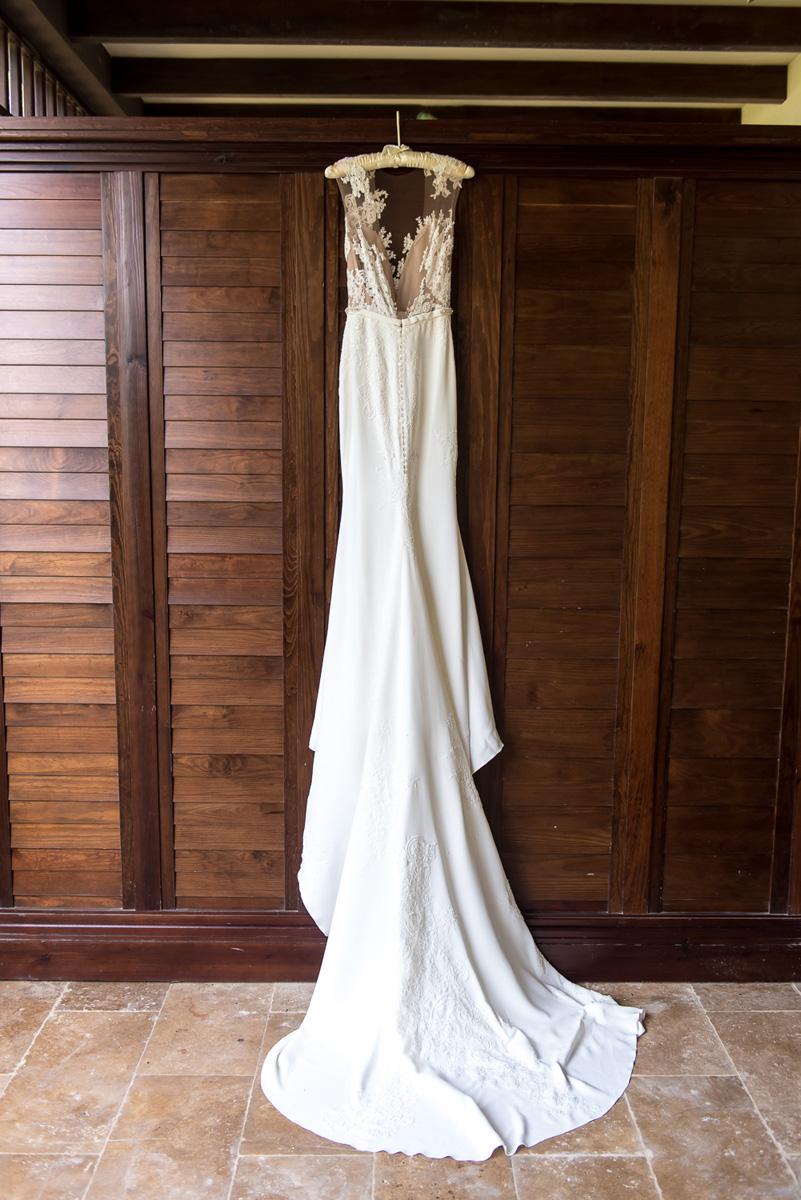 Wedding-in-St-Regis-Hotel,-Courtney-&-Less-0011.jpg