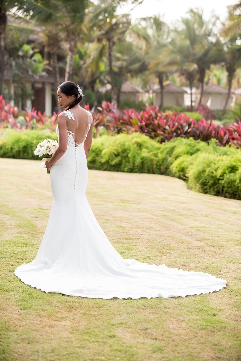 Wedding-in-St-Regis-Hotel,-Courtney-&-Less-0050.jpg