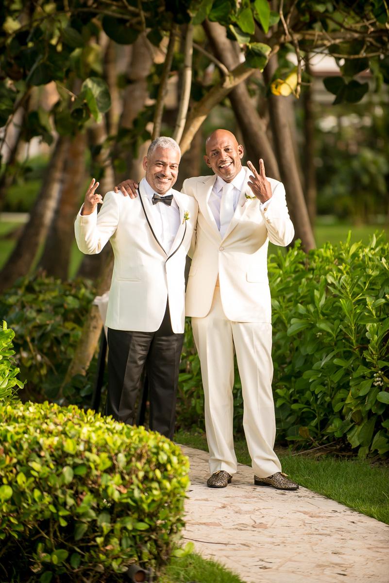 Wedding-in-St-Regis-Hotel,-Courtney-&-Less-0057.jpg