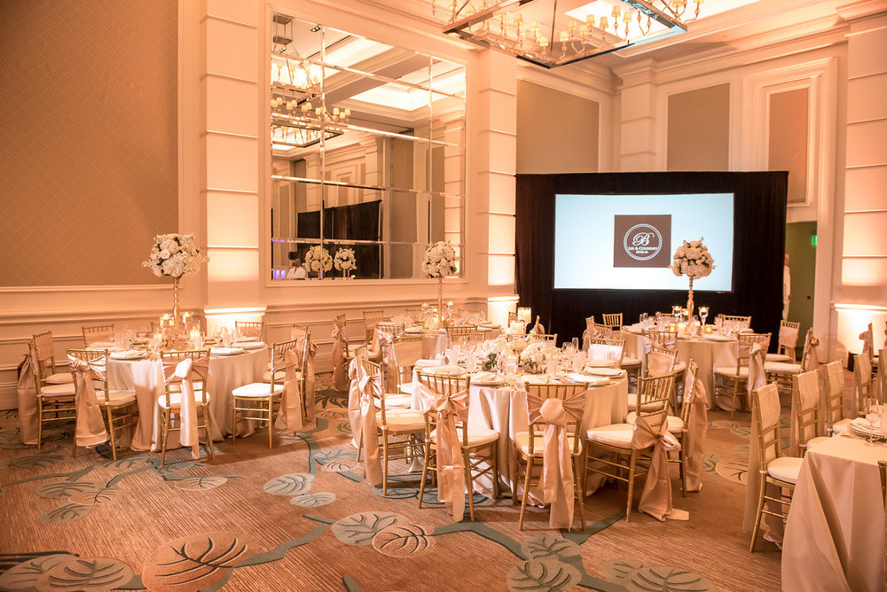 Wedding-in-St-Regis-Hotel,-Courtney-&-Less-0121.jpg