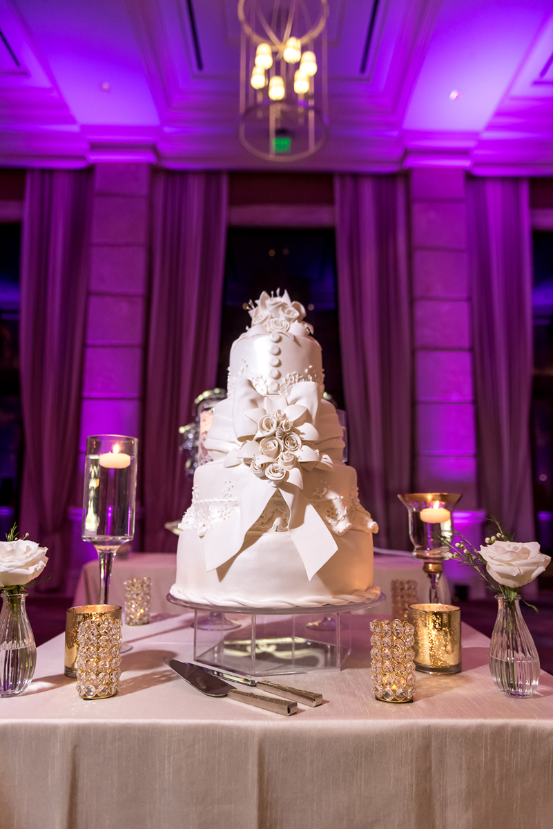 Wedding-in-St-Regis-Hotel,-Courtney-&-Less-0125.jpg