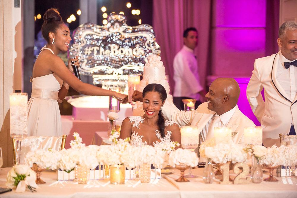 Wedding-in-St-Regis-Hotel,-Courtney-&-Less-0135.jpg