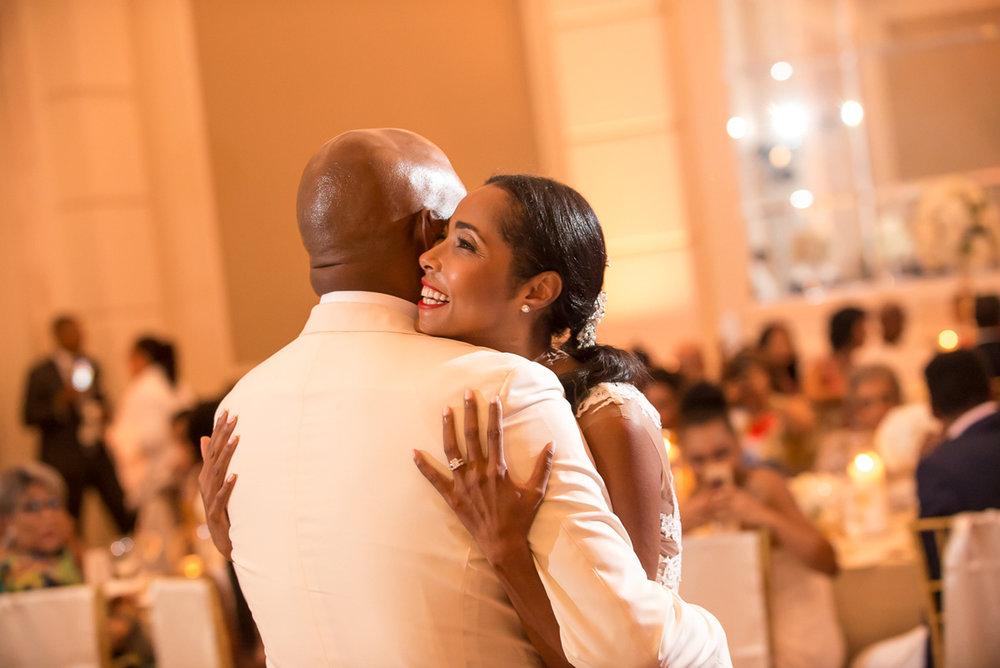 Wedding-in-St-Regis-Hotel,-Courtney-&-Less-0139.jpg