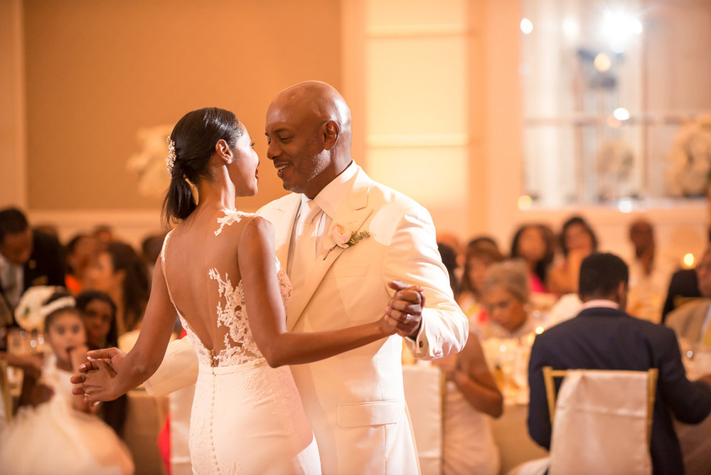 Wedding-in-St-Regis-Hotel,-Courtney-&-Less-0141.jpg