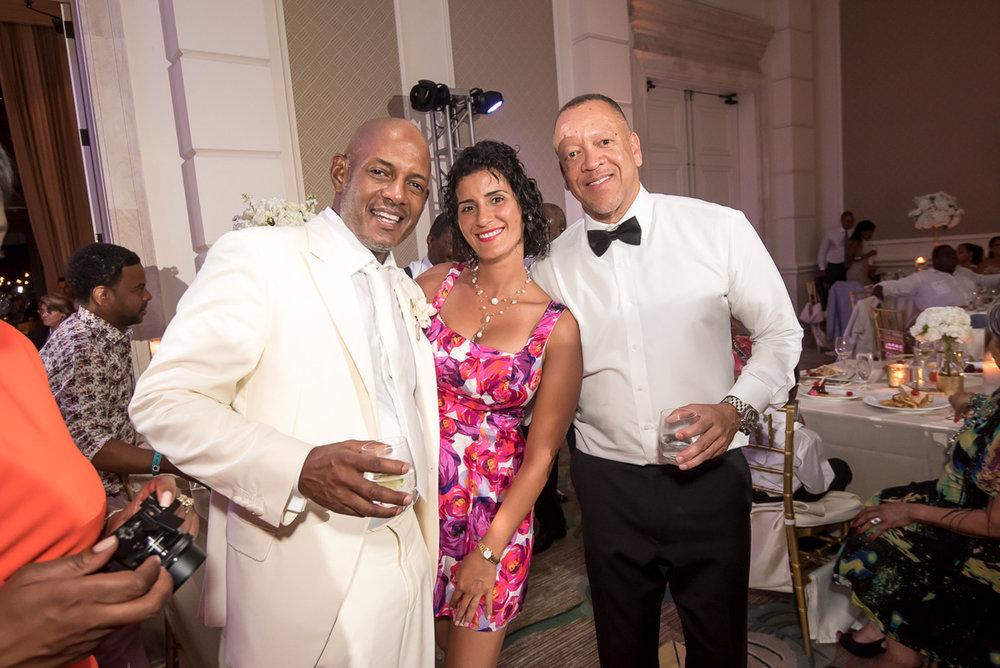 Wedding-in-St-Regis-Hotel,-Courtney-&-Less-0177.jpg