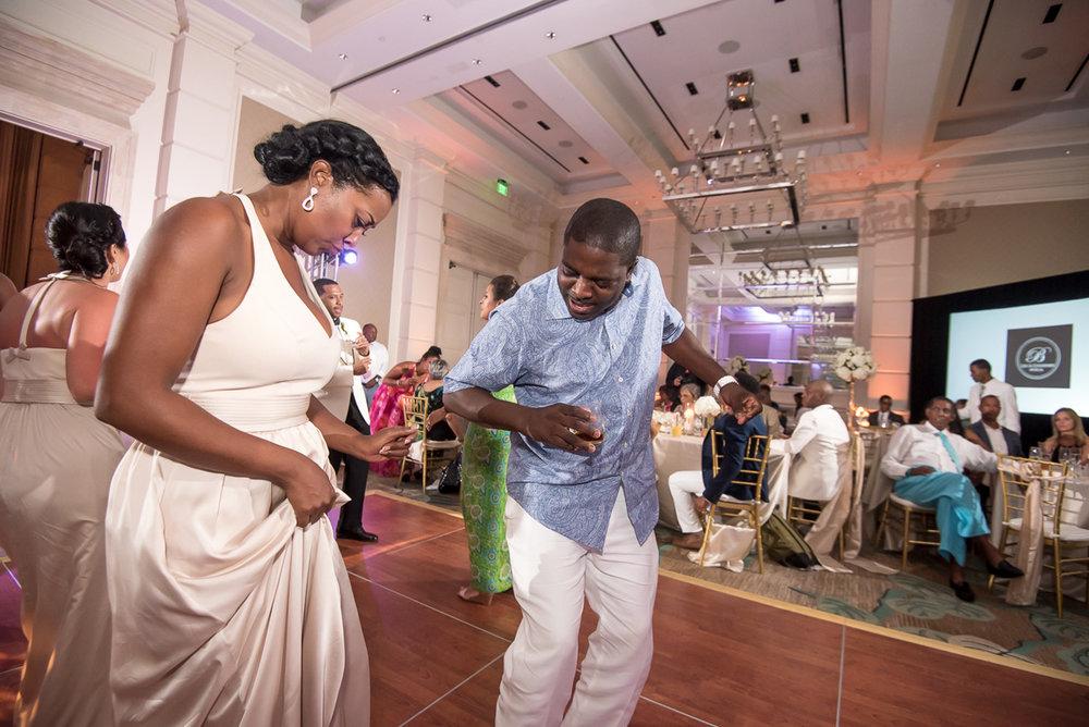 Wedding-in-St-Regis-Hotel,-Courtney-&-Less-0194.jpg
