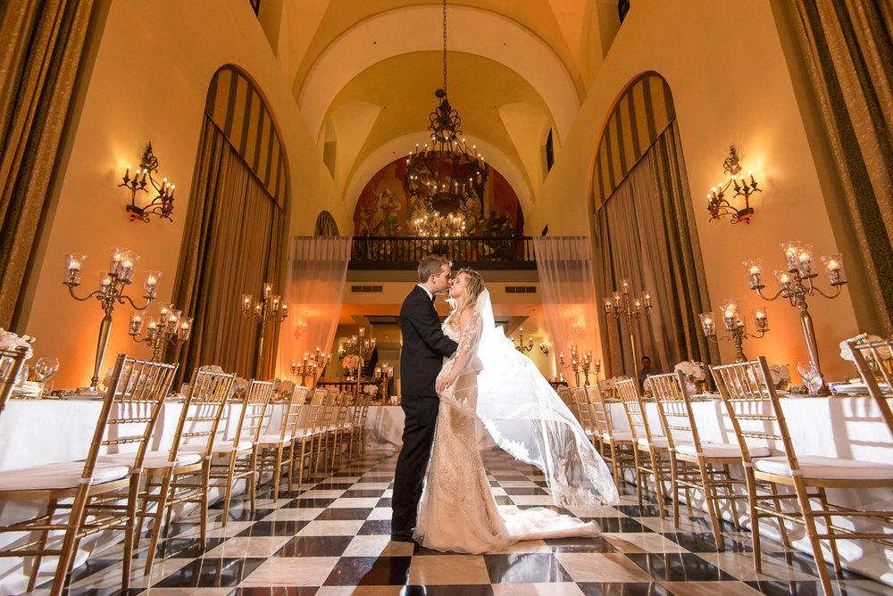 Wedding-in-Hotel-El-Convento--Megan-&-Russell00090.jpg