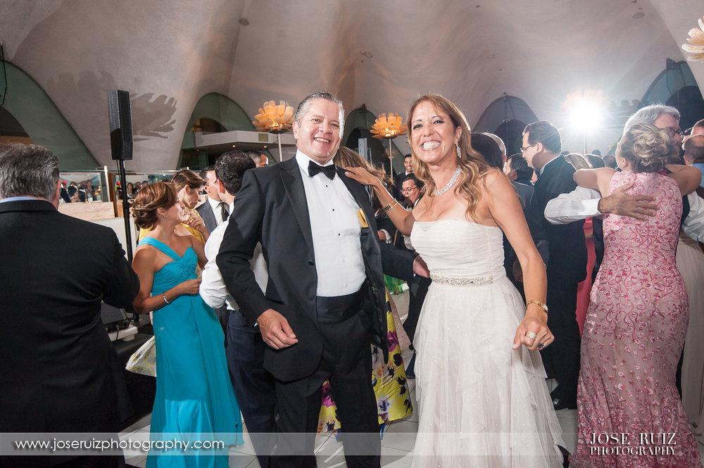 Vanessa-&-Antonio-0126.jpg