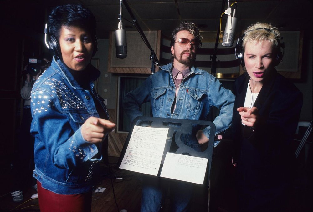 eurthmics eurthra franklin in recording studio annie lennox dave stewart DETROIT, 1985.jpg