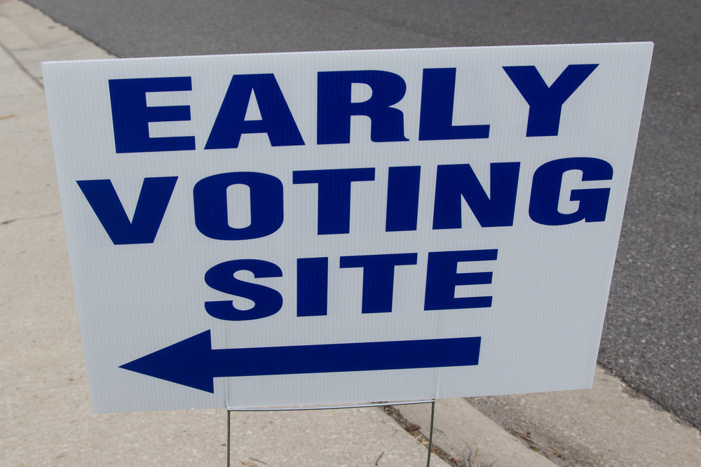 bigstock-An-Early-Voting-Site-Sign-153372956.jpg