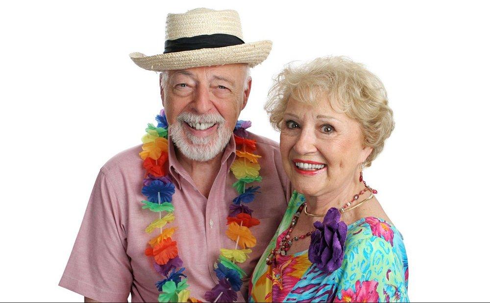 senior-residents-hawaii-luau.jpg
