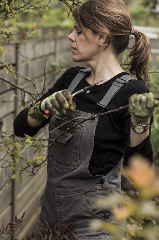 Kate, Landscaper