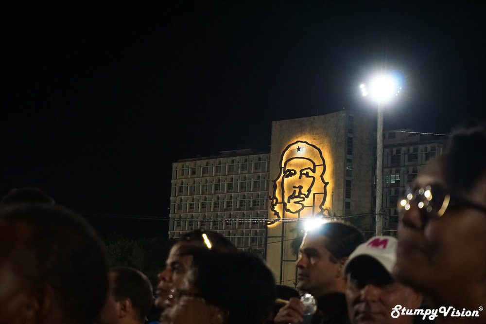 The crowd looks on in Plaza de la Revolución.