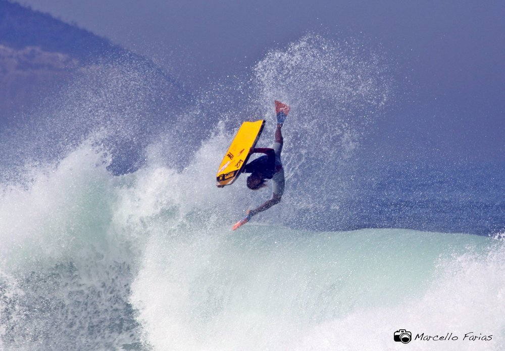 Gabriel boosting, photo by Marcello Farias.