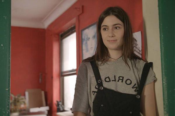 <b>GEORGIA WILDE<br>04:</b> Little Sharehouse Of Horrors