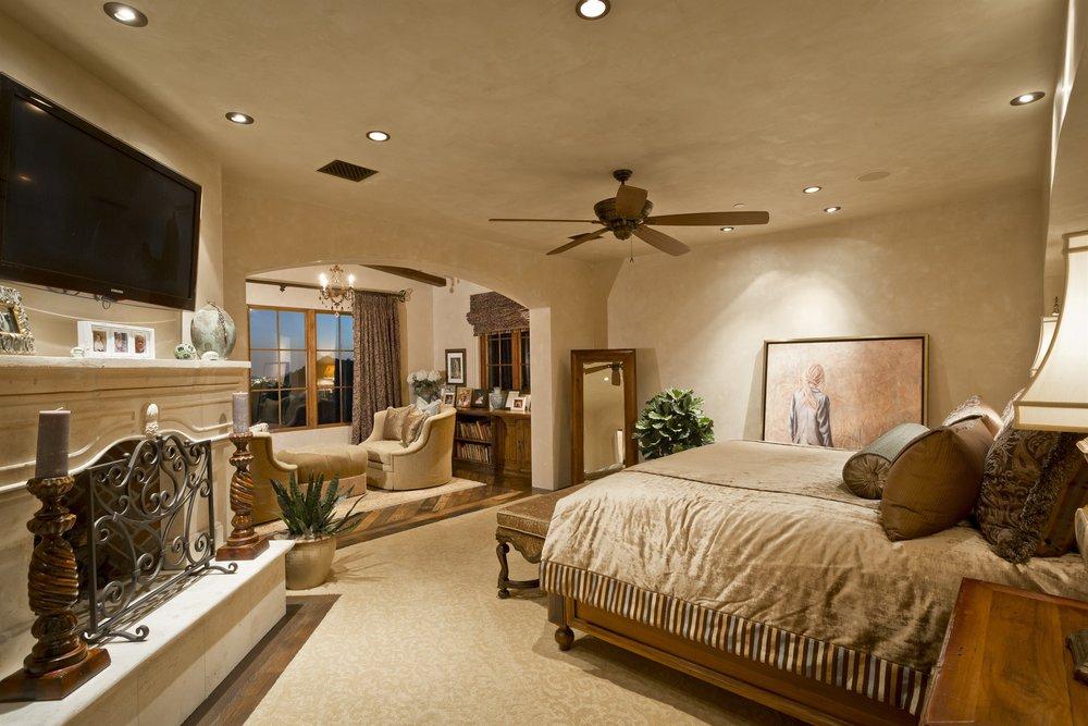 016_Master Bedroom.jpg