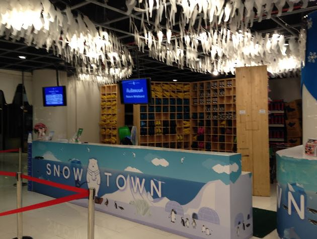 check in for tickets at snow town bangkok