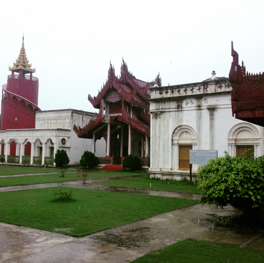 the white and red gates of Mandalay Palace