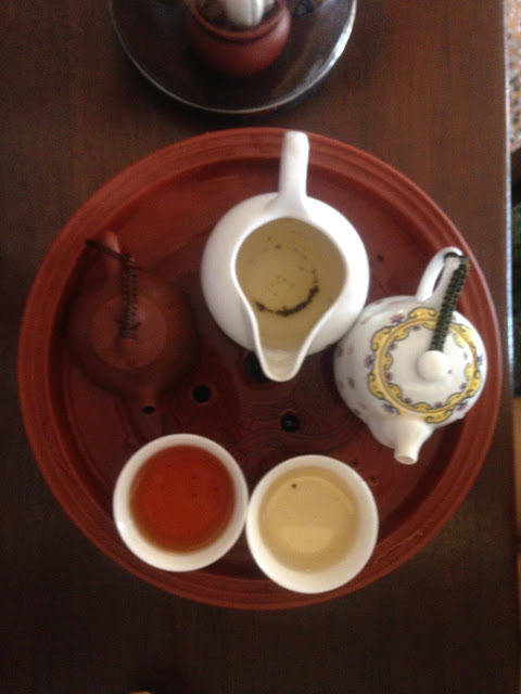 two types of tea served gong fu cha in bangkok chiantown tea room