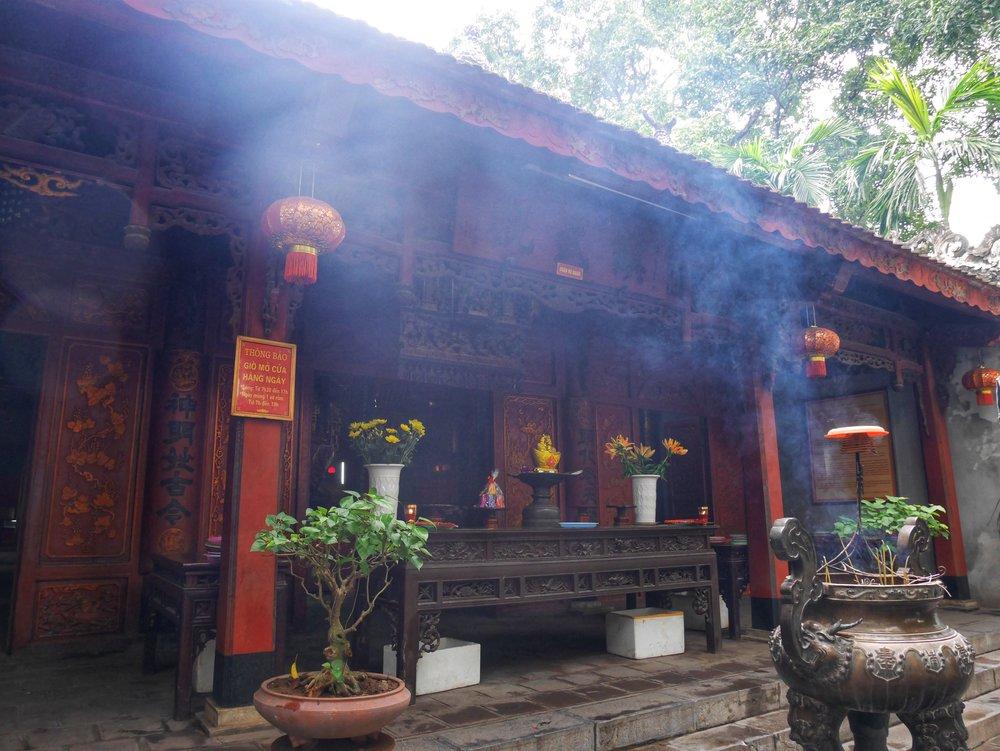 vietnamese taoist temple