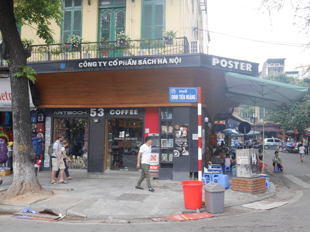 Bookshops near Hoan Kiem Lake, Hanoi's Old Quarter