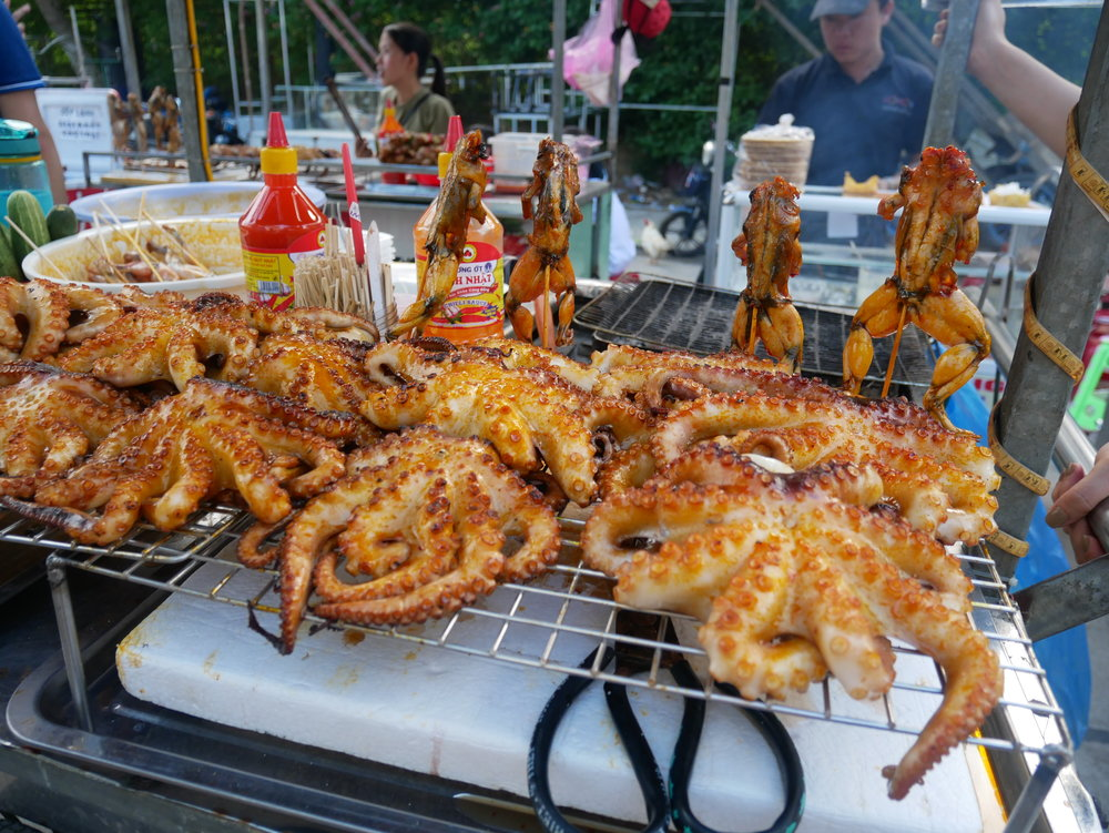 Street food along the way - anyone up for barbecued octopus?? >w<