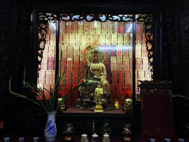 Buddhist shrine in the Jade Emperor Pagoda
