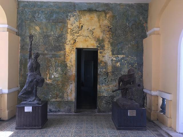 Vietnamese war-era art