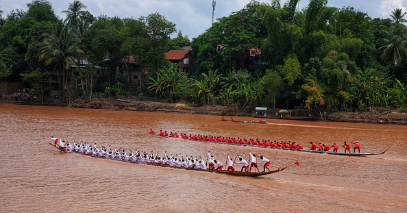 We are so lucky to get to see the Luang Prabang Boat Festival. The purpose of this festival is believed to honor the guardian Naga that protect the river. . . #laos #luangprabang #instatravel #travelgram #travelphotograpy #adventure #boat #festival #boatparty #river #tradition #asia #travelguide