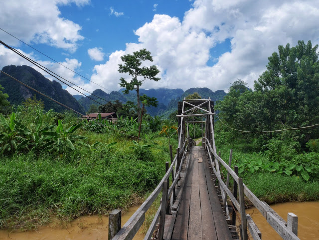 Vang Vieng, the bridge to Smile Beach Bar