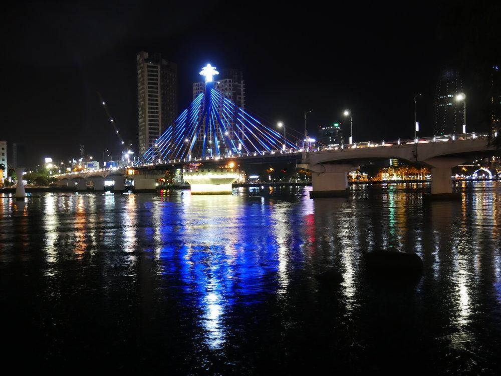 Da Nang Han River at night