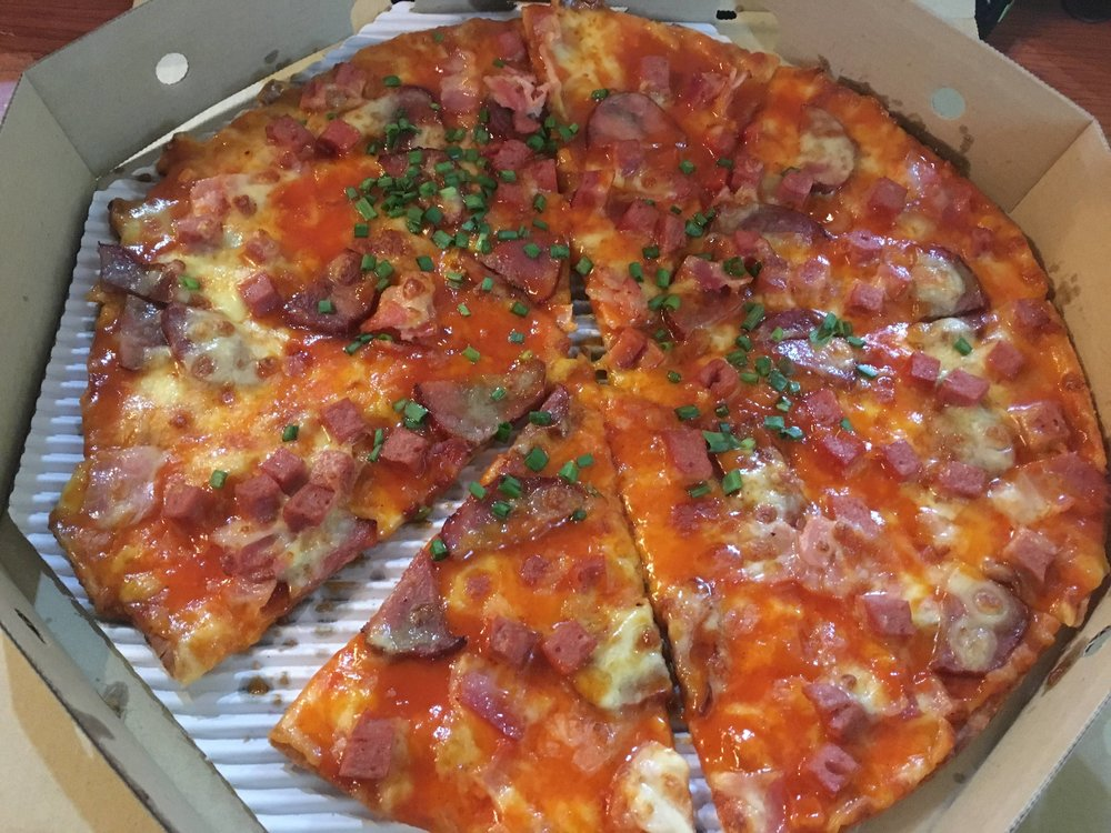 hong kong red roasted pork pizza from thailand