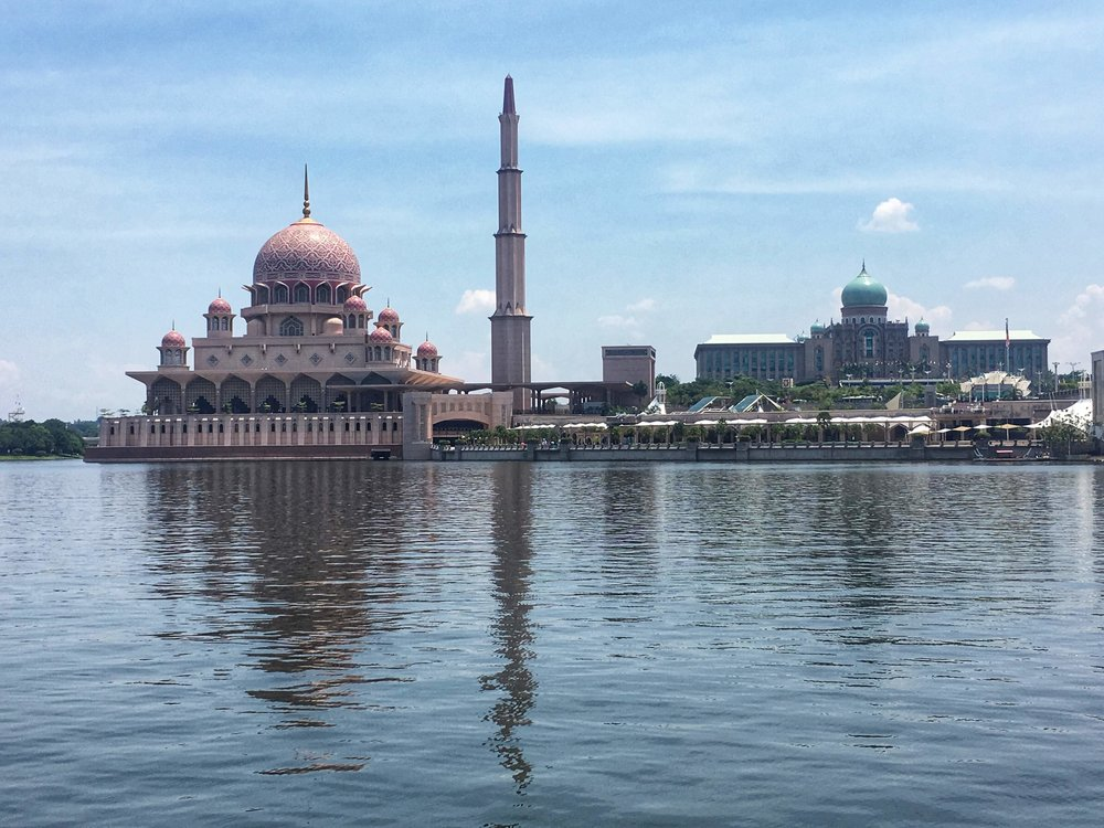 Masjid Putra, the Pink Mosque of Putrajaya, is one of the most beautiful in all of Malaysia