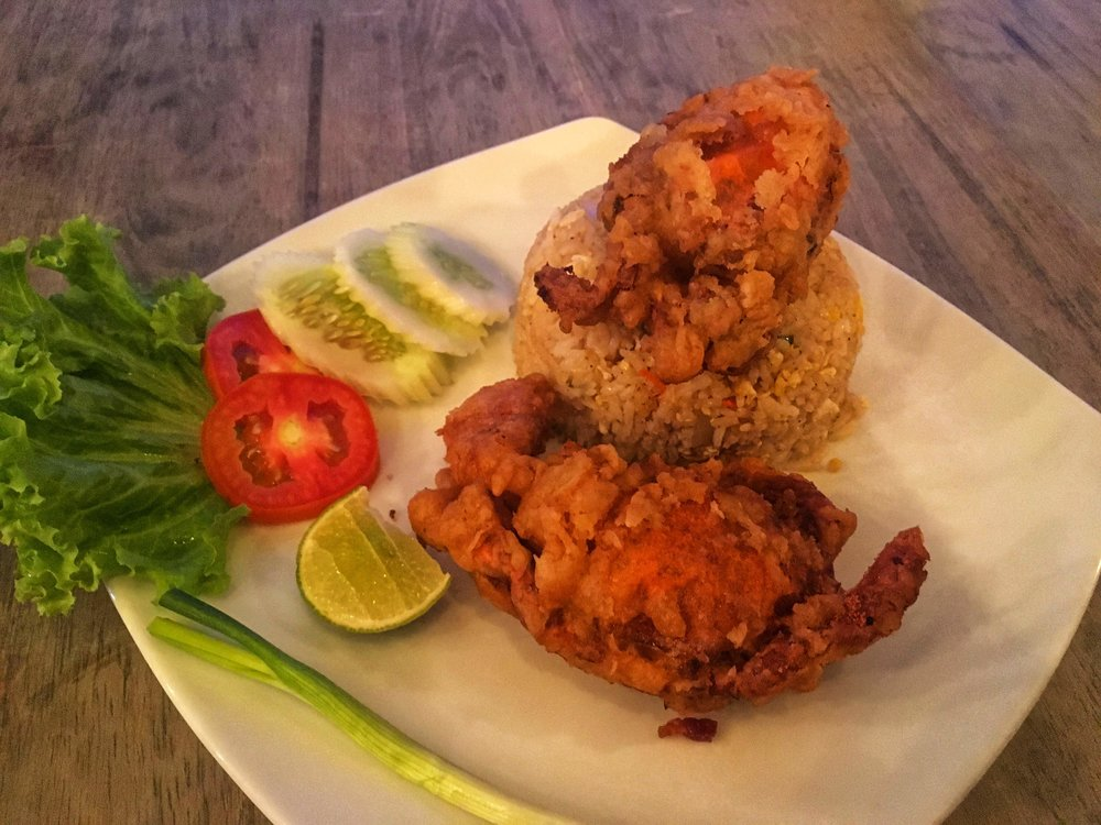 amazing soft shell crab fried rice - only 180 THB for this HUGE portion and two full crabs!