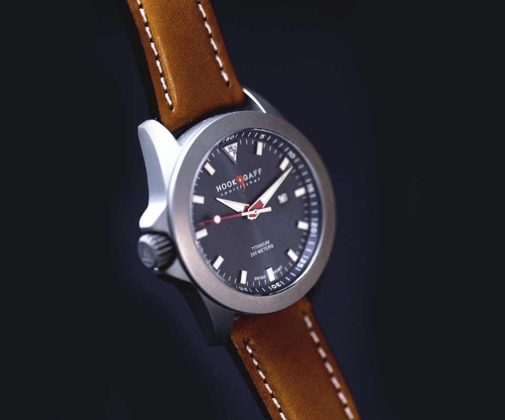 Modern yet classic silver watch case with blue dial